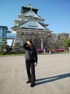 天満橋に20年以上も住んでいるのに大阪城には2回目、でも今日は入れない